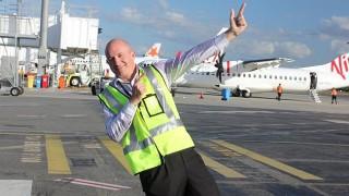 ケアンズ国際空港、25周年記念☆ ...